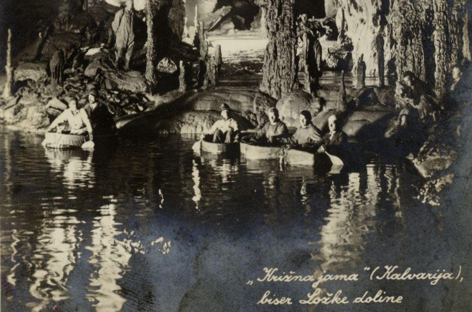 cover 17 - Notranjski kraji na razglednicah