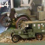 Mali modeli vojaških vozil - razstava 12-letnega Matica Kočevarja
