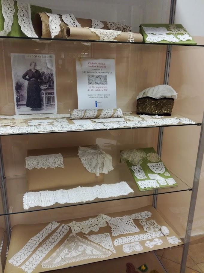 IMG 20211001 191059 - Čipke iz skrinje družine Zapušek - razstava 100 let starih vzorcev čipk