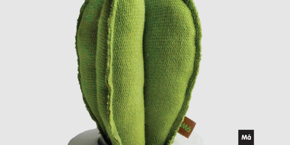 Pisano zeleno – razstava oblikovalke Eve Mazi