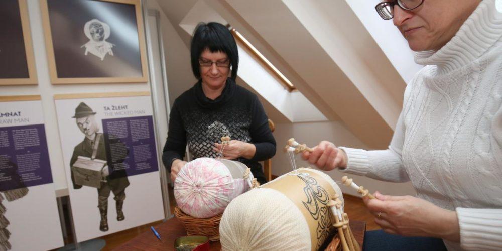 Razstava ob 60-letnici Laufarije – Cerkljanski laufarji v klekljanih podobah