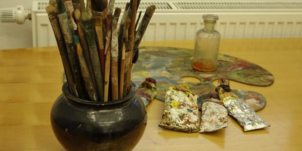 Svet ob Cerkniškem jezeru slikarja Lojzeta Perka na ogled v cerkniški knjižnici